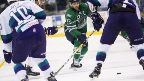 everblades-arrive-kelly-cup-champions-take-to-ice