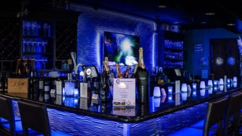 c-level-bistro-wine-bar-dining-in-the-deep-blue