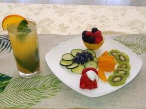 tea & fruit